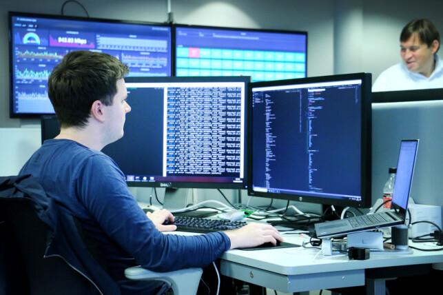 Vegard Norvik utvikler fra Windows, men har opplevd få problemer med samarbeid på tvers av utviklingsplatformer. Foto: Ole Petter Baugerød Stokke