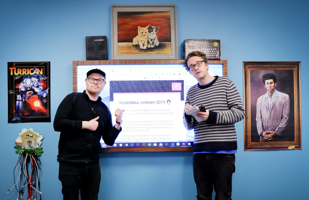 Jørgen og Ole Petter i kode24 gleder seg til å motta svar på Kodeløkka, fra det splitter nye kodekontoret sitt. 📸: Ole Petter Baugerød Stokke