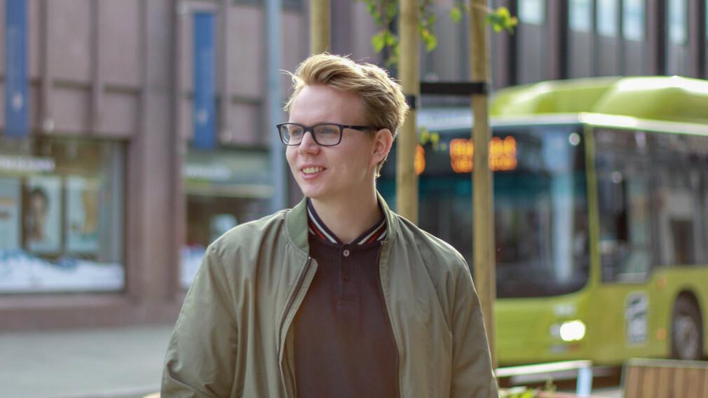 Ukas Koder Mikael Brevik, utvikler i Variant, er en kjent figur i det norske kodemiljøet. 📸: Privat