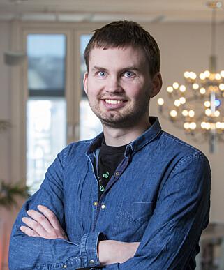 Eivind B. Smedseng legger ikke skjul på at tastaturbygging kan bli en relativt dyr hobby. Men han synes det er verdt det. 📸: Webstep