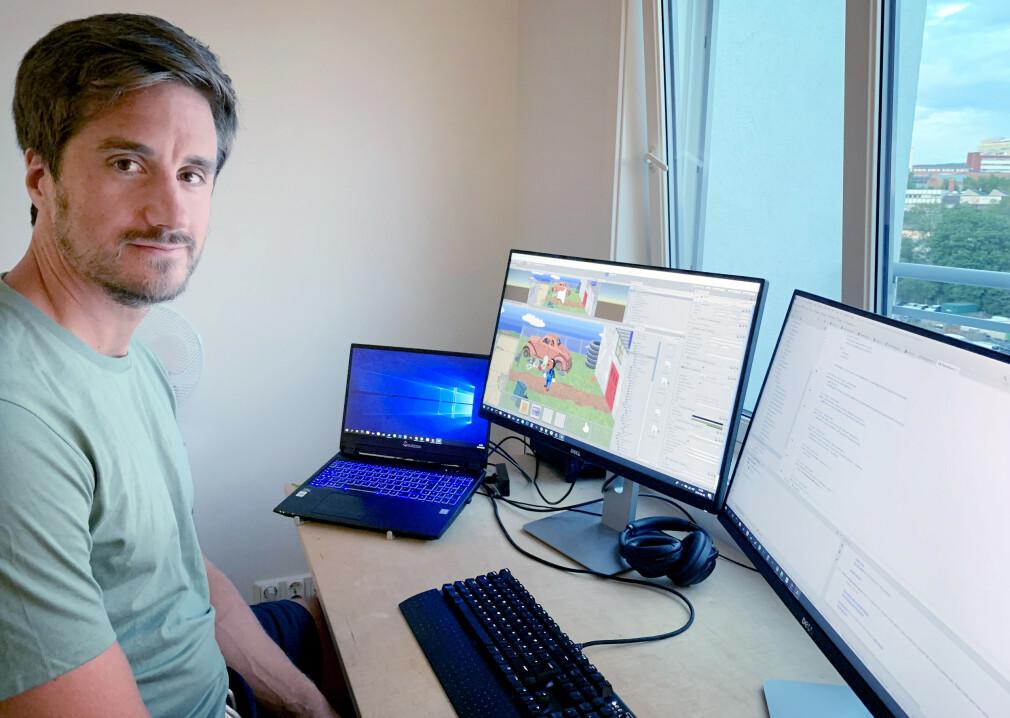 Rikard Swahn er utvikler og konsulent i Miles på dagtid, og lager spillet Barney's Dream Cruise på kveldstid. 📸: Privat