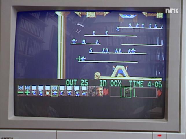 Spillet Lemmings får skryt for å ikke være voldelig. Og vi kan ikke annet enn å være enig i at Lemmings ganske riktig er ett av de beste spillene fra 90-tallet; uavhengig av hvor voldelig det er. 📸: NRK