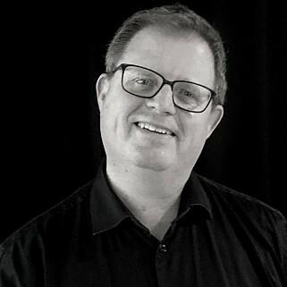 Simen Sommerfeldt er utviklingsdirektør i Bouvet. Han står også bak Lær Kidsa Koding. 📸: Privat