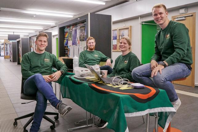 Anders Granås, Bjørn Are Therkelsen, Marte Hoff Hagen og Kristian Bondevik Hardang er noen av studentene i NTNUI Sprint. De lager blant annet systemer for medlemshåndtering. 📸: NTNUI / Nils Dittrich / CC BY 4.0