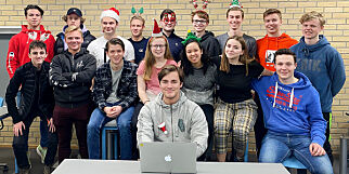 image: En klasse på Sandnes videregående banket norske utviklere