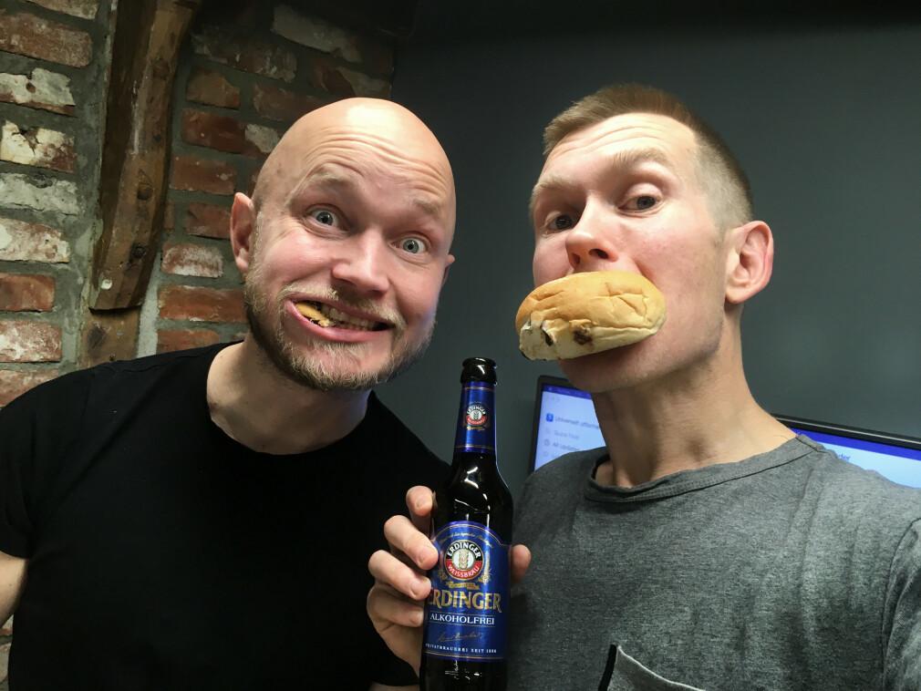 Kompisene Erling Håmsø og Anders Ekkje Slettebø har stått bak podcasten Universelt Utformet. 📸: Privat