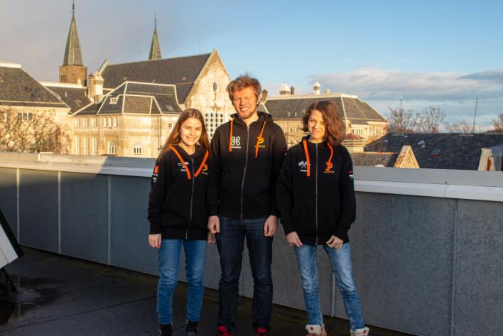 Airin Thodesen, Elias Bergquist og Nadia Wangberg studerer alle på NTNU i Trondheim, og lager autonome droner på fritida. 📸: Ascend NTNU
