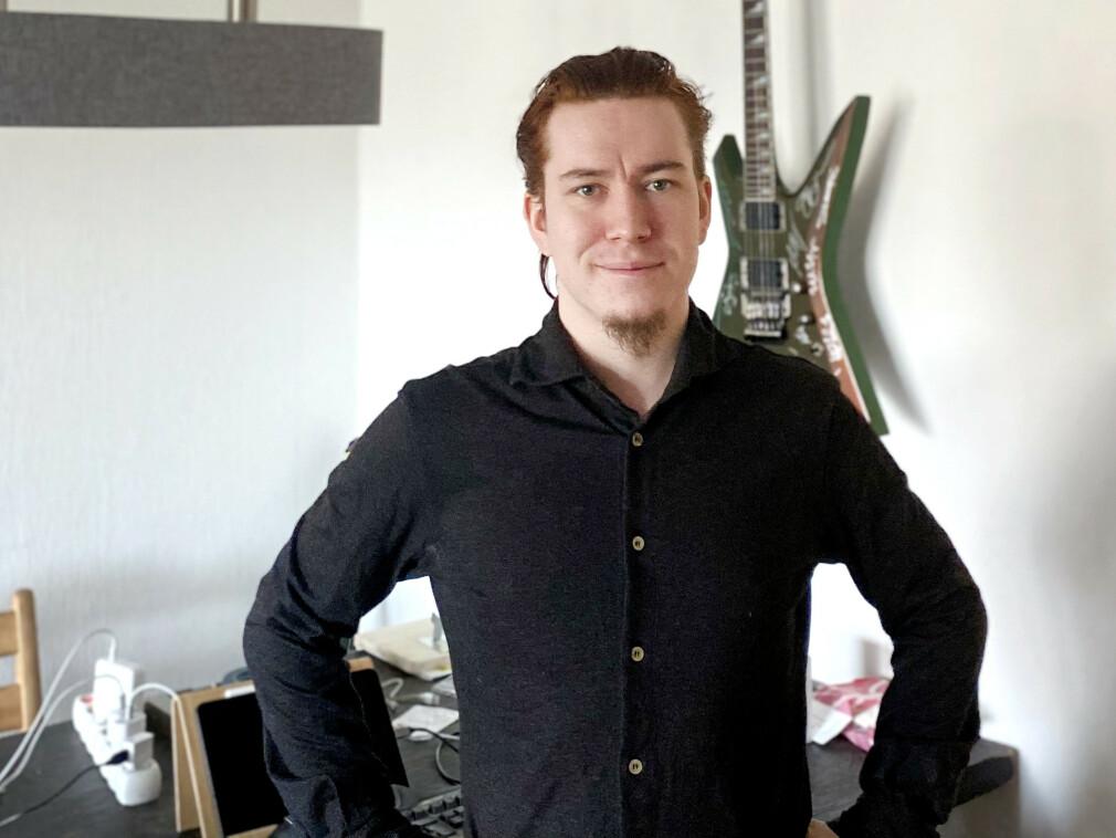 Utvikler Kai Håvard Talimere Mortensen-Langhaug i Kinly har det perfekte navnet for en koderelatert forkortelse. 📸: Privat