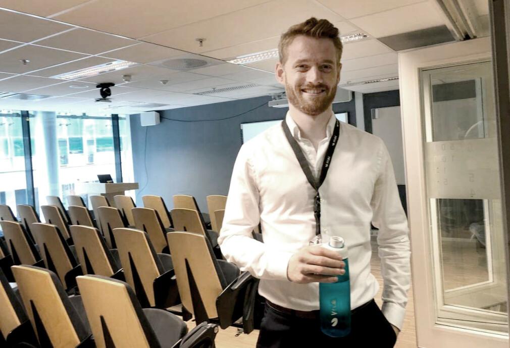 Ukas Koder Bjørn Olav Salvesen jobber i Visma, samtidig som han fullfører bachelor-oppgaven sin. 📸: Privat