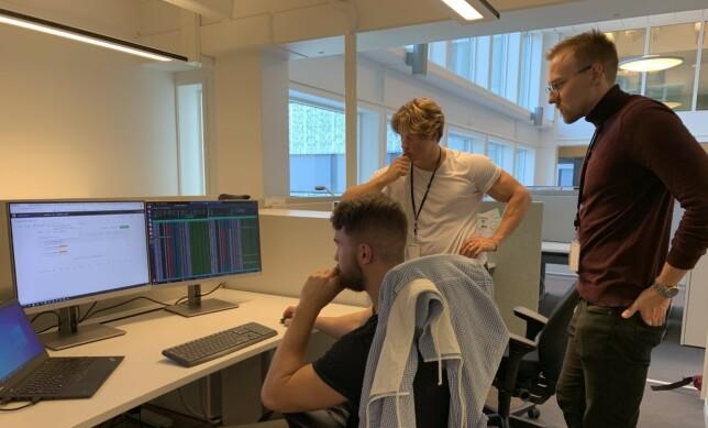 """VIKTIG: Jon-Mikkel (f.v.), Khariton og Lars har ikke """"bare"""" hatt en sommerjobb , men har vært med på å løse reelle utfordringer for AS Norge."""