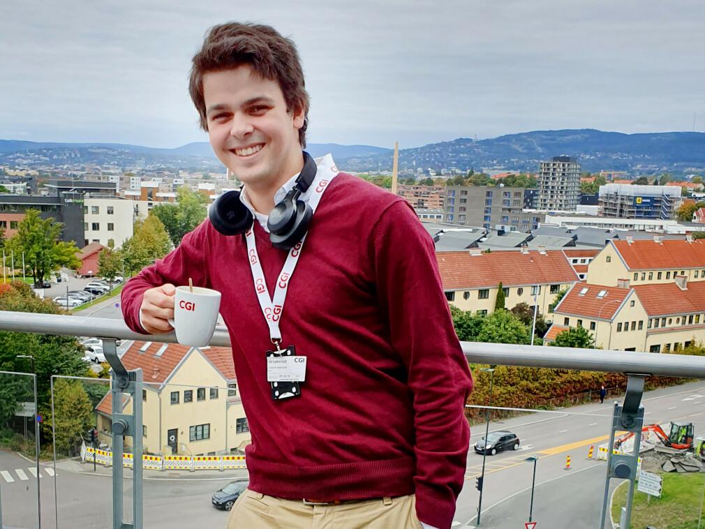 Joseph Knutson tok i år på seg å være sommermentor for to studenter. Det angrer han ikke på. 📸: Privat