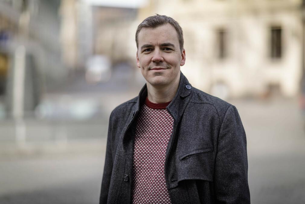 Erlend Hamberg forteller at han ble interessert i koding allerede i 12-årsalderen. 📸: Privat