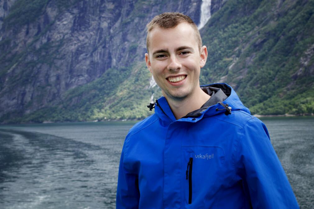 """Knut Anders Stokke forsker på """"hvordan utviklere kan guides av programmeringsverktøy til å skrive mer korrekt kode"""" ved Universitetet i Bergen, intet mindre. 📸: Privat"""