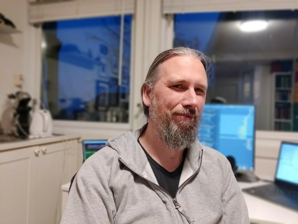 Johannes Brodwall sier han er uenig med mange av kritikerne av Akson. 📸: Privat
