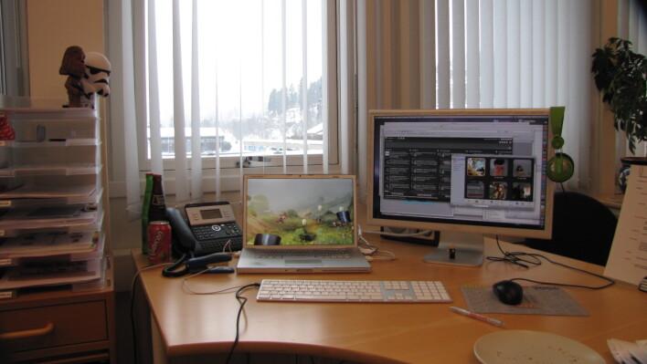 Min første arbeidsplass, med min aller første Apple-laptop. 📸: Jørgen Jacobsen