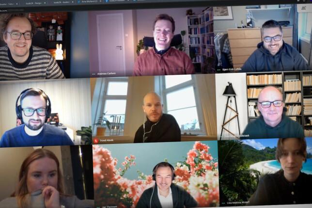 Her ser du et morgenmøte hos SOL, med ni deltakere, og ni påskrudde kameraer. 📸: Ole Petter Baugerød Stokke
