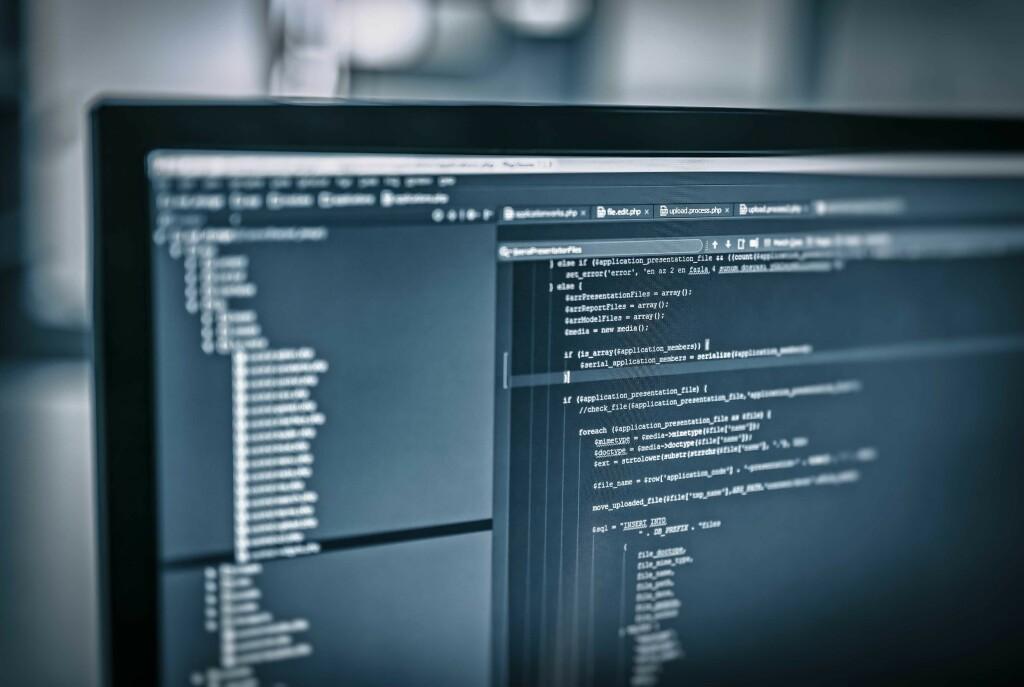 Medarbeidere som produserer dårlige koder er en viktig årsak til at utviklere vurderer å slutte i jobben, viser ny undersøkelse. 📸: Stockfoto