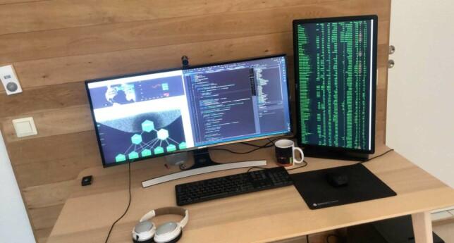 Fredrik Nøring jobber mest med backend-biten av Norkon Computing Systems. 📸: Privat