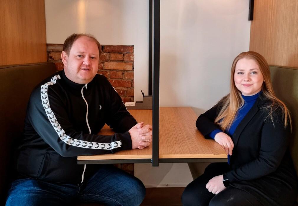 Erik Falk Hansen og Lotte Gjørsvik i AvantGarde Search jobber begge med å finne utviklertalenter til noen av Norges fremste tech-selskap 📸: Privat