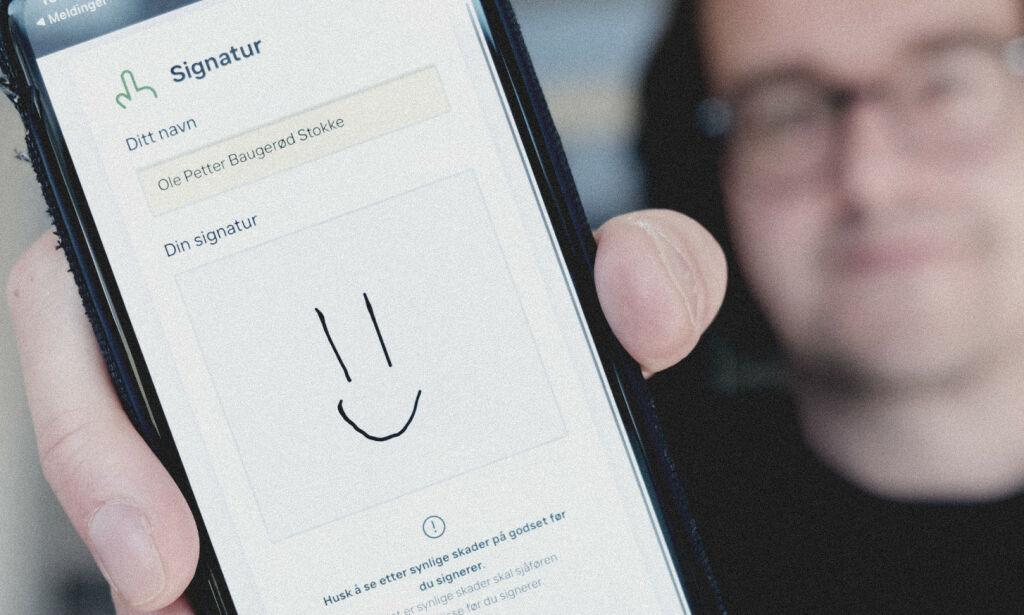 image: Jeg signerte med et smilefjes, og ingen reagerte