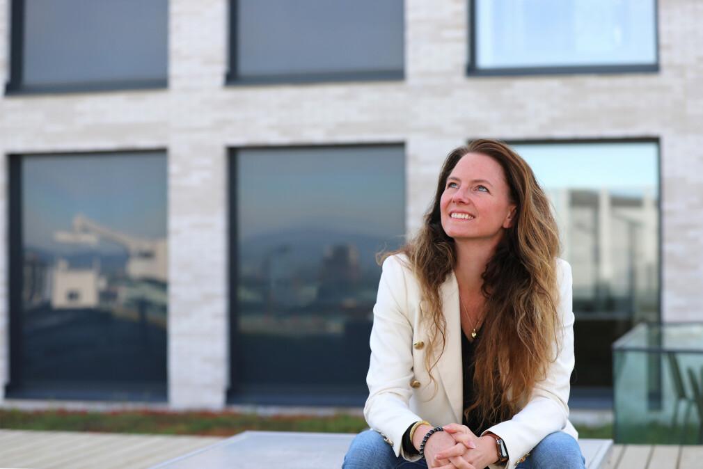 IT-direktør Heidi Brunborg i Lånekassen lyste nylig ut stillinger som kan gjøres fra hjemmekontor hvor som helst. Det handler blant annet om hvor vanskelig det er å skaffe seg utviklere i Oslo og Trondheim. 📸: Hege Aas / Lånekassen