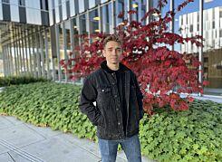 image: Gyula Varadi (28) flytta fra Ungarn til Norge for å bli frontend-utvikler
