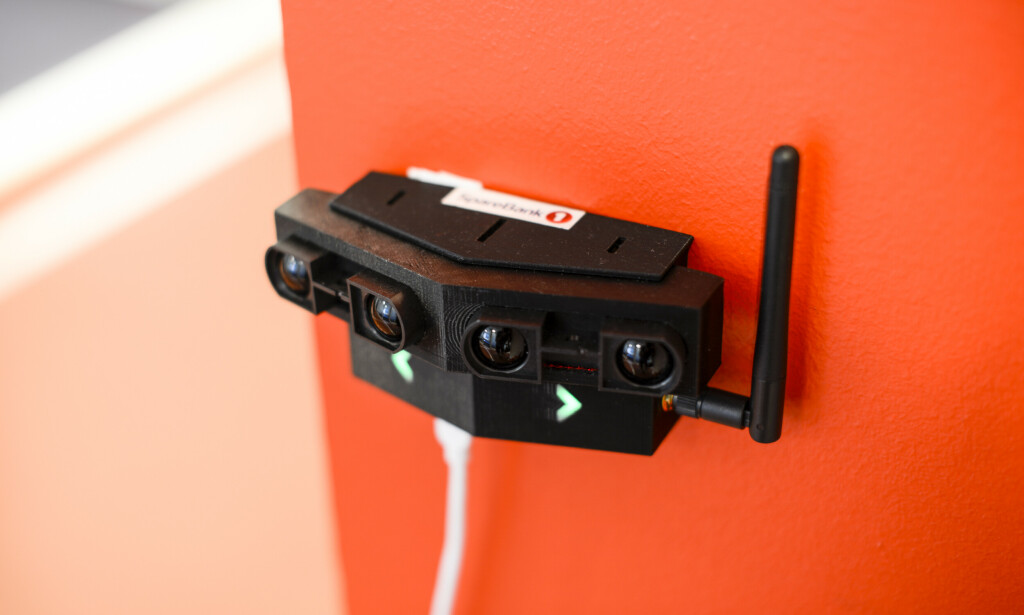 Sensorer som denne er en del av det nye sporingssystemet til Sparebank 1. 📸: Robert S. Eik