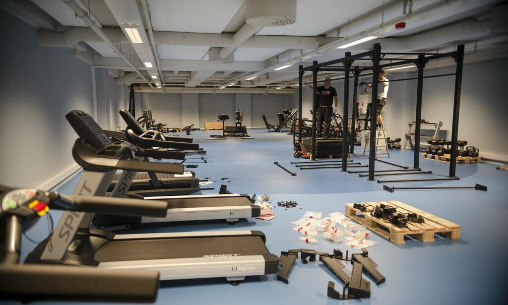 Her bygges et helt nytt treningsrom, for dem som vil trene utenfor arbeidstida. 📸: Robert S. Eik.