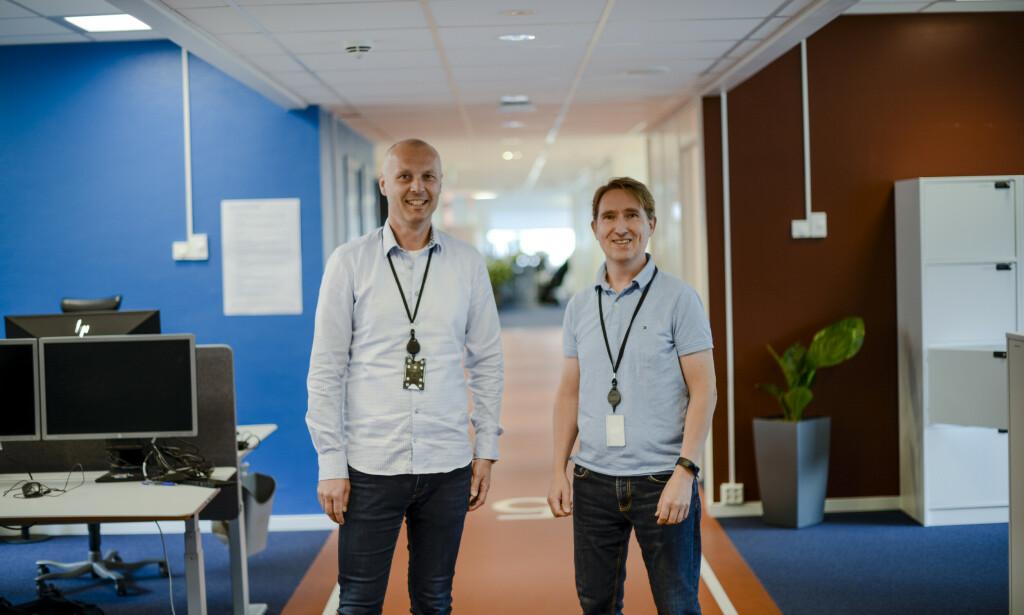 Utviklerne i SpareBank 1 f.v: Jan Erik Modal (50) og Stein Henriksen (52), utviklet TEMPO sammen med maskinlæringsteamet.. 📸: Robert S. Eik