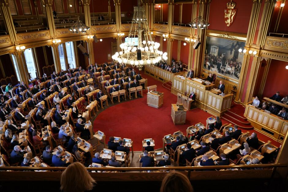 Finansminister Jan Tore Sanner i Stortinget i forbindelse med fremleggelsen av regjeringens forslag til statsbudsjett for 2022. 📸: Stian Lysberg Solum / NTB